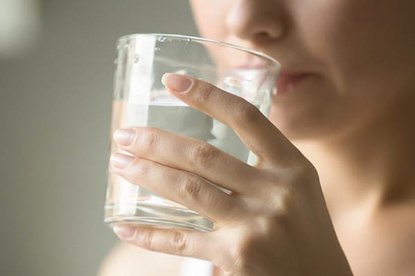 Drink-plenty-of-water-to-increase-height-at-the-age-of-12