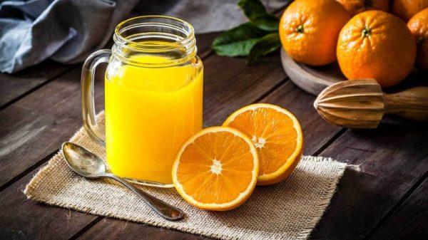 Orange-juice-food-rich-in-vitamin-d