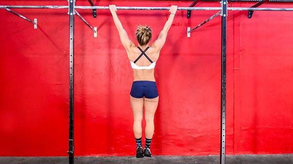 hangging-to-increase-height
